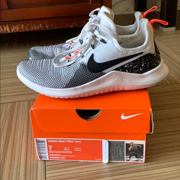 Nike Free TR 8 Training Shoe